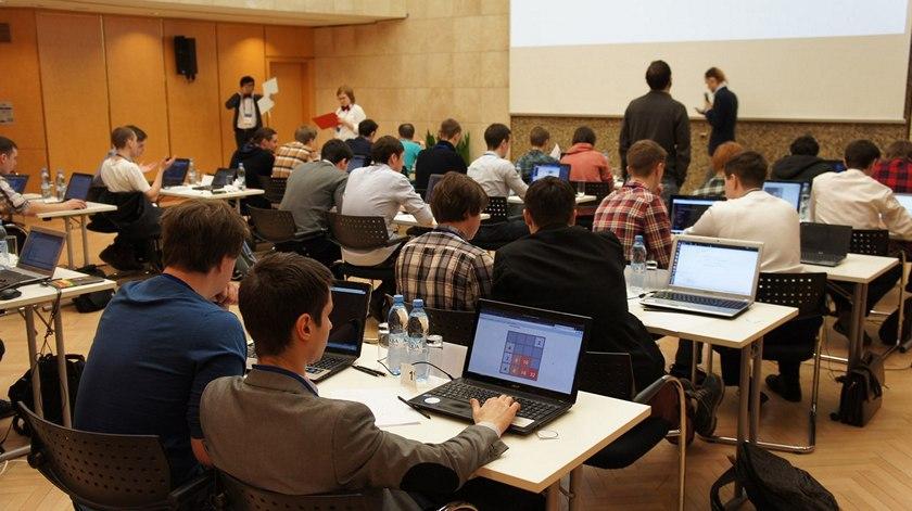 «ВКонтакте» запустила собственный «университет» для бесплатного обучения программистов