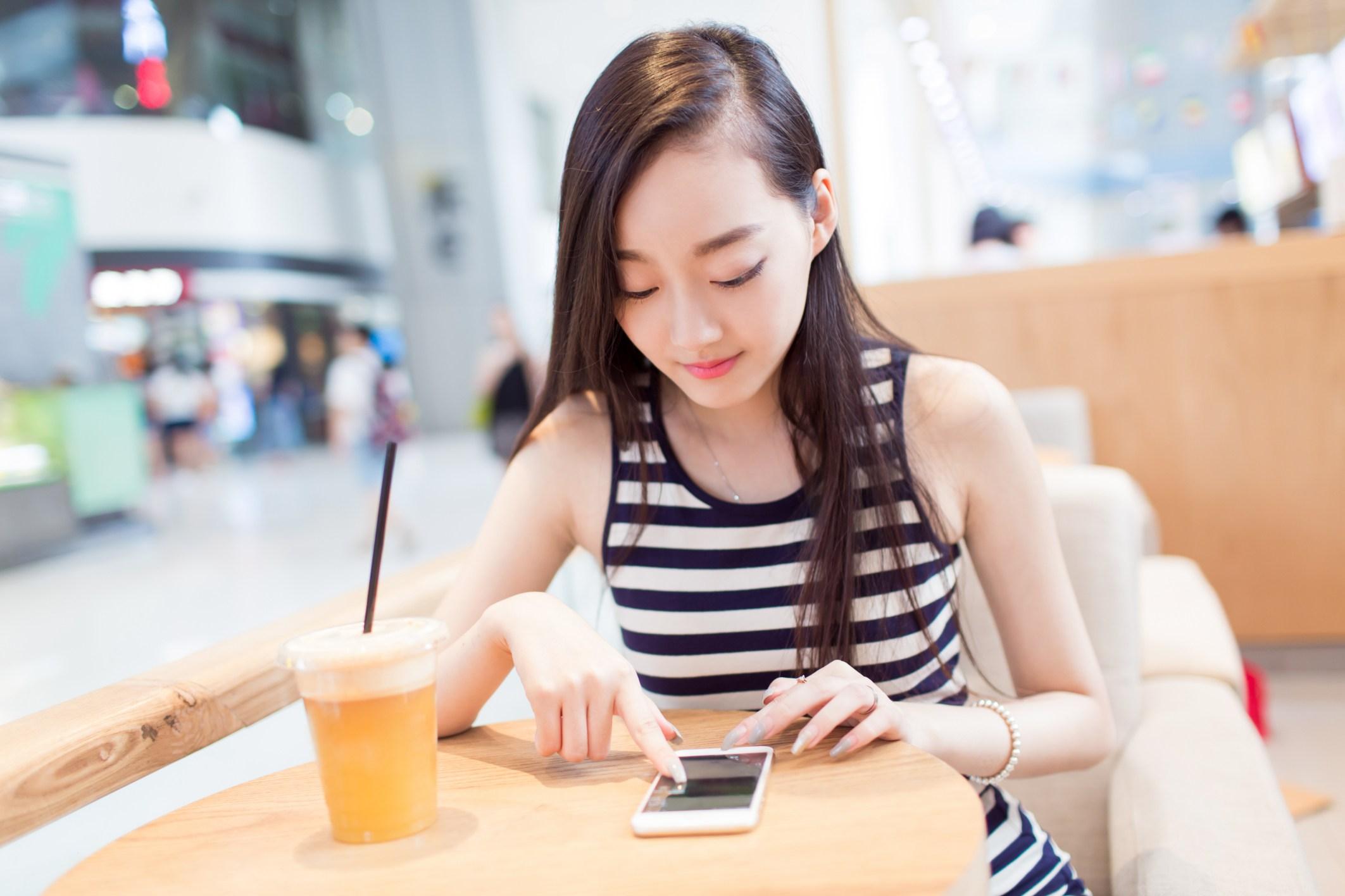 Мессенджер WeChat сфункцией распознавания лиц заменит китайцам паспорта