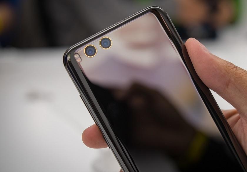 Xiaomi Mi 6 оказался значительно крепче предшественника