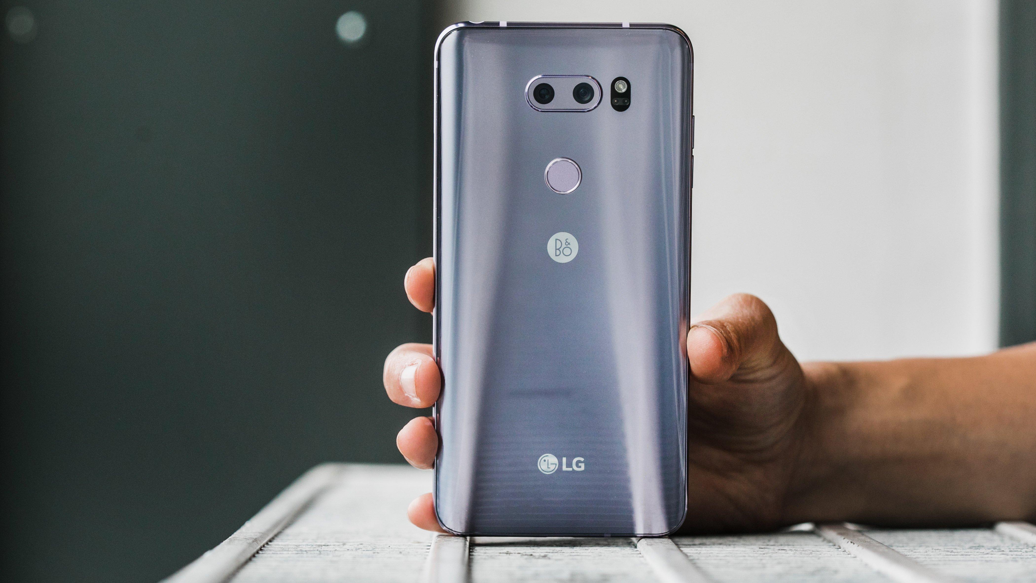 LG V35S-ThinQ.jpg