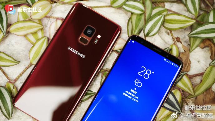 S9-S9Plus-Red-1.jpg