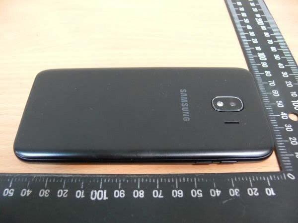 Samsung-Galaxy-J4-2.jpg