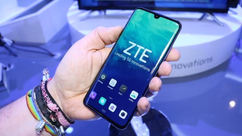 ZTE представила флагманский смартфон Axon 10 Pro 5G стройной камерой