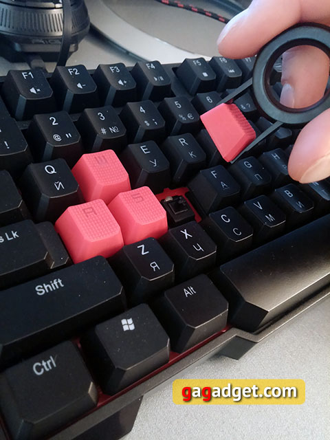 Обзор геймерской клавиатуры A4Tech Bloody B540 с механическими переключателями Greentech-16