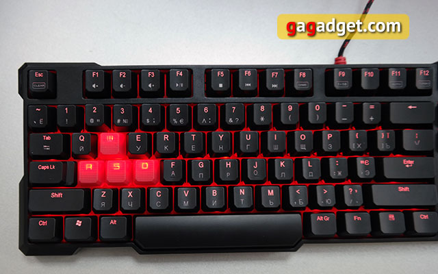 Обзор геймерской клавиатуры A4Tech Bloody B540 с механическими переключателями Greentech-17