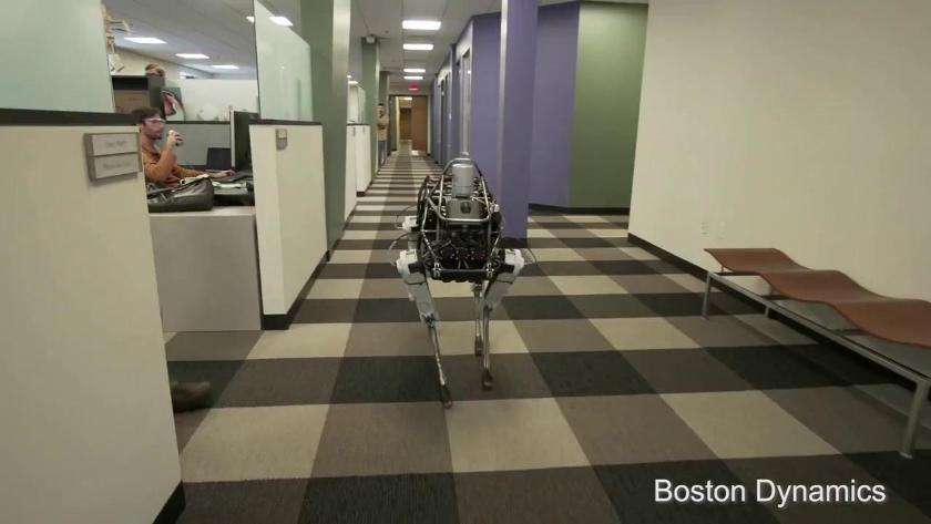 Spot – прогулка по коридору