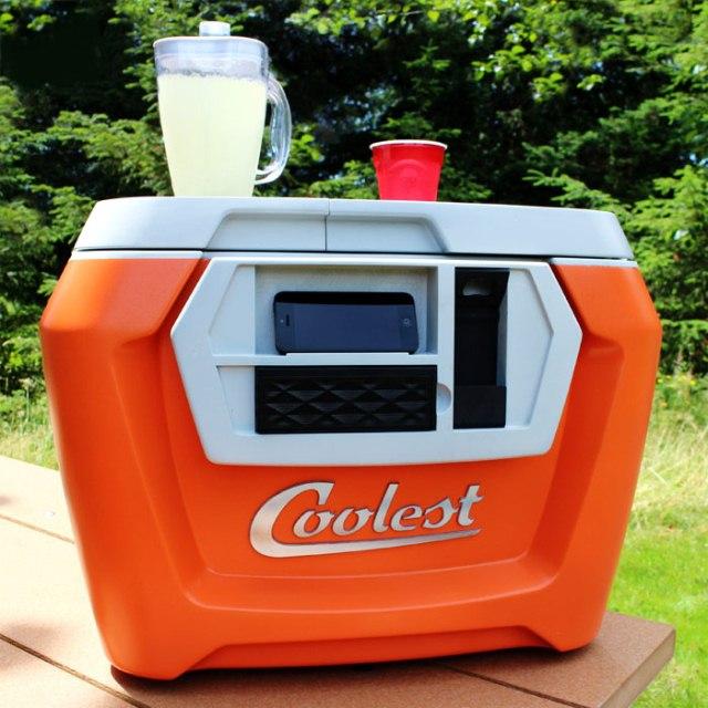 Портативный холодильник Coolest Cooler с Bluetooth-колонкой стал рекордсменом Kickstarter