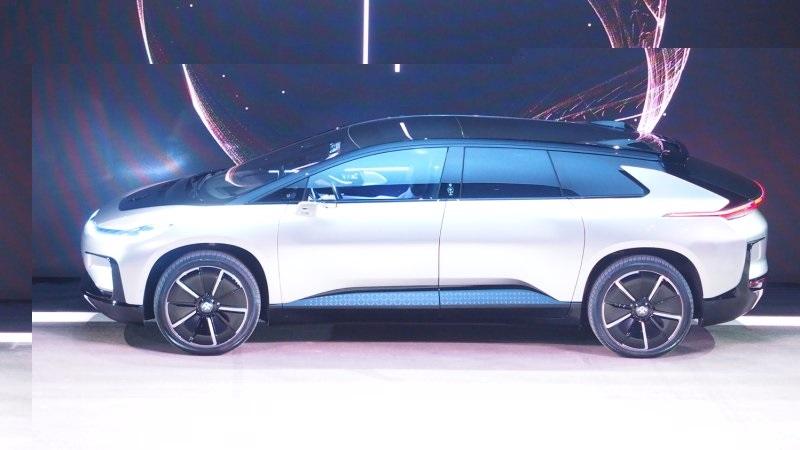 Faraday Future представила высокоскоростной беспилотный электромобильFF 91