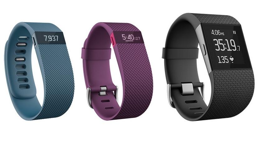 Fitbit анонсировала «умные» часы Surge и фитнес-браслеты Charge и Charge HR