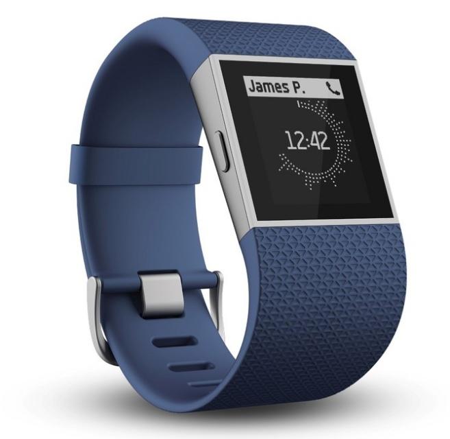 Fitbit анонсировала «умные» часы Surge и фитнес-браслеты Charge и Charge HR-4