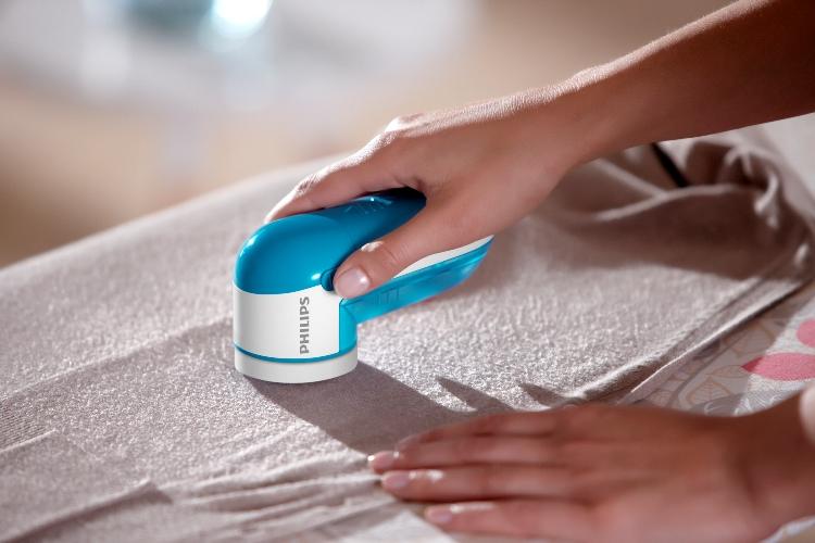 Philips выпустила машинку для сбривания катышков с одежды Fabric Shaver GC026/00
