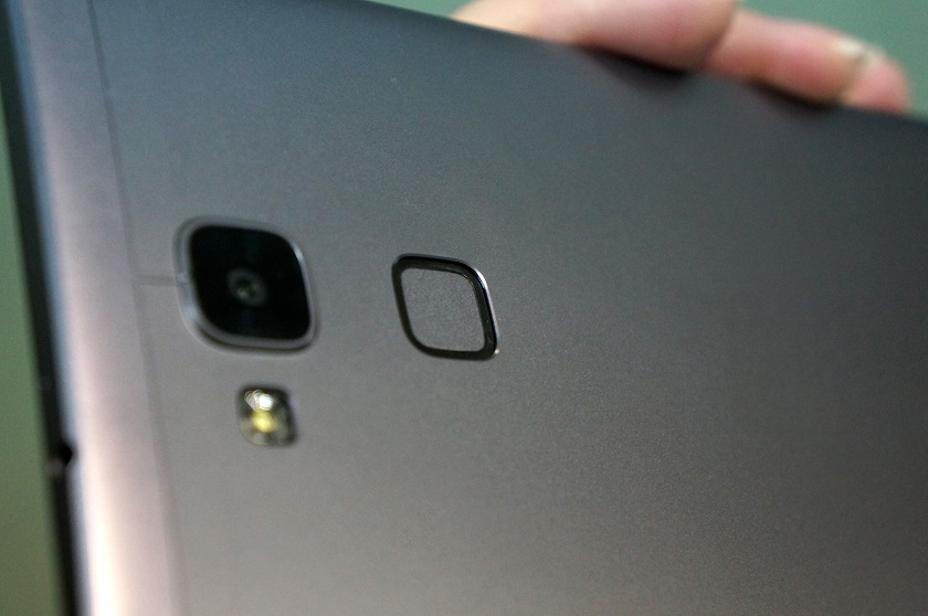 Обзор смартфона Huawei Mate7-5