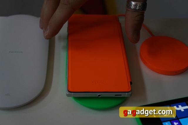 С перламутровыми пуговицами: Nokia Lumia 830, 735 и 730 Dual SIM своими глазами-6