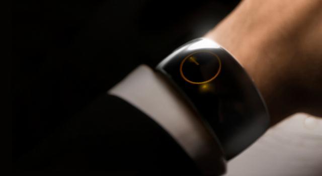 «Умные» часы Moment Smartwatch с 30 днями автономной работы