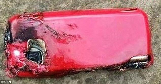 В Индии девушка погибла от взрыва телефона нокиа