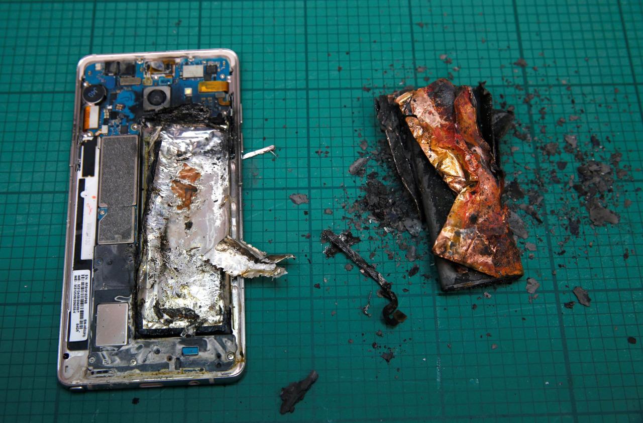 Что случилось с Samsung Galaxy Note 7 и почему он горит-2