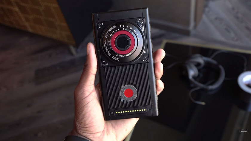 red-hydrogen-one-prototype-2.jpg