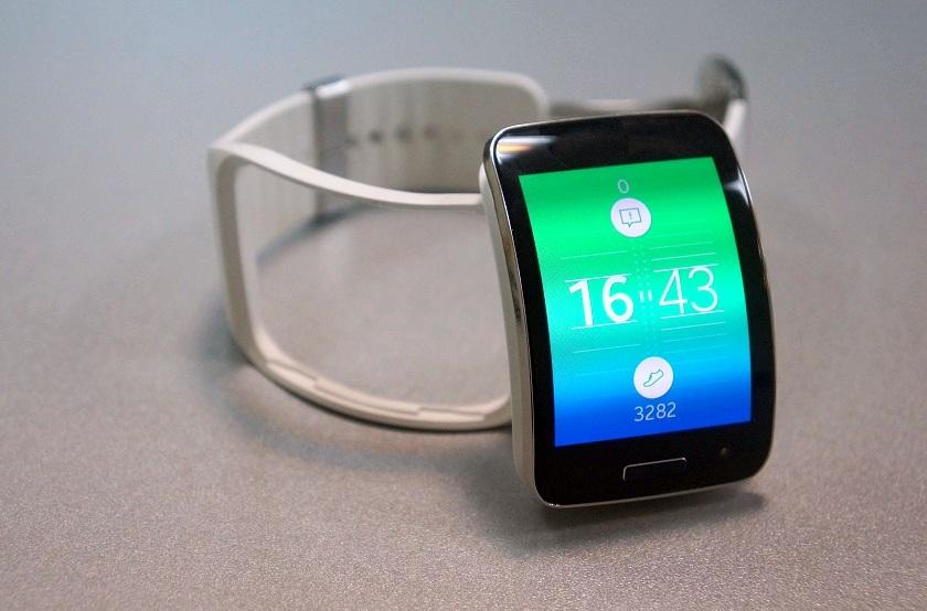 Полный привод. Обзор смарт-часов Samsung Gear S-6