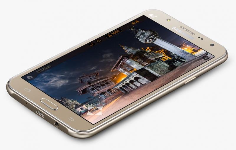 Samsung представила смартфоны Galaxy J7 и Galaxy J5 с фронтальными вспышками
