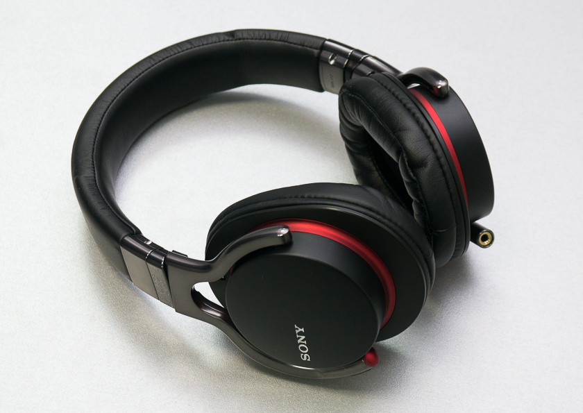 Обзор наушников Sony MDR-1R