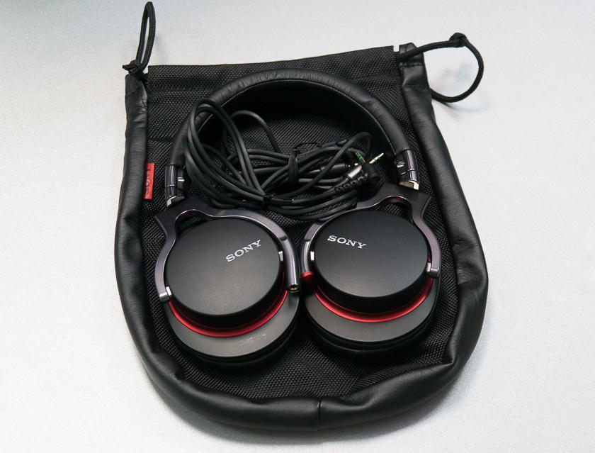 Обзор наушников Sony MDR-1R-2
