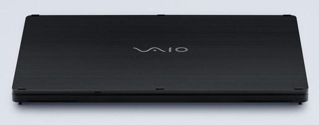 Vaio показала прототип гибридного планшета напоминающего Microsoft Surface Pro 3-3