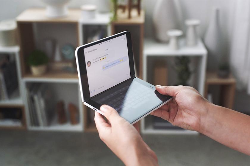 Подешевевший на $400 складной смартфон Microsoft Surface Duo на следующей неделе выходит в Европе