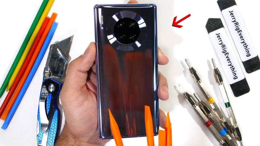 Huawei Mate 30 Pro успешно прошел тест на прочность JerryRigEverything