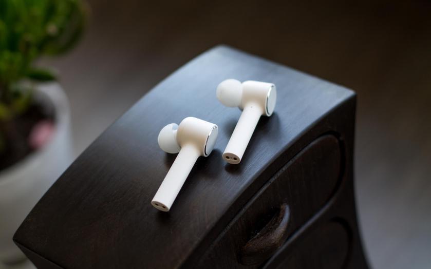 Xiaomi готовит к анонсу TWS-наушники Mi True Wireless Earphones Lite