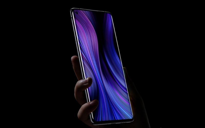 Xiaomi Mi 10 появился на изображениях с отверстием в экране для фронтальной камеры