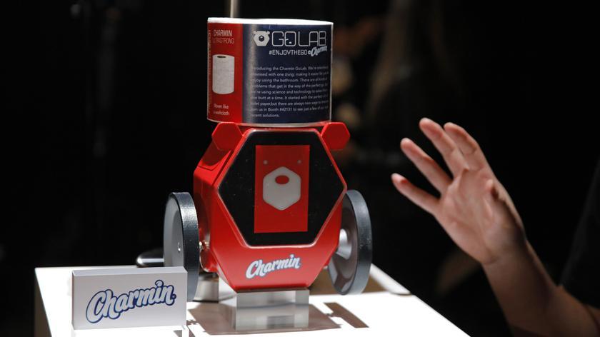 Робот для туалетной бумаги и «умные» подгузники: новинки Procter & Gamble на выставке CES 2020