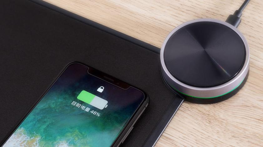 Xiaomi выпустила «умный» коврик за $39, который умеет заряжать мышку и смартфоны