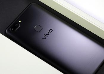 Frameless Vivo V9 appeared on new photos