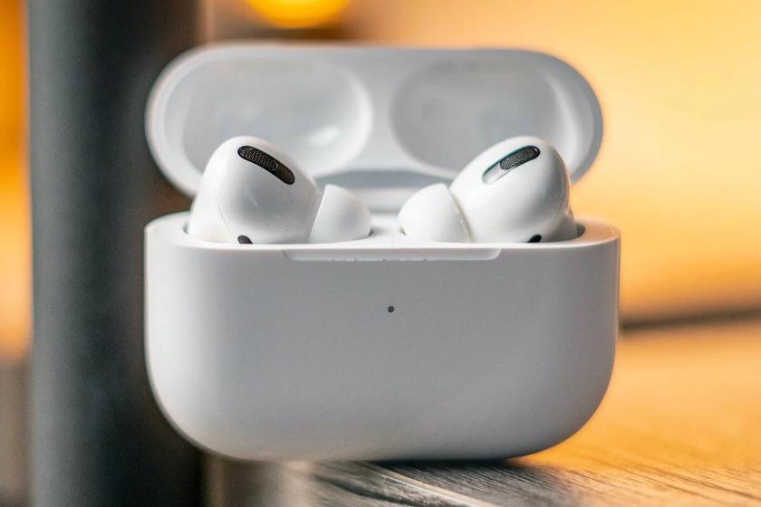 Проще и дешевле AirPods Pro: Apple готовит наушники AirPods Pro Lite