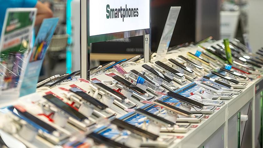 Украинский рынок смартфонов в третьем квартале 2020 года: продажи Xiaomi, OPPO и ZTE растут, а Samsung и Huawei падают