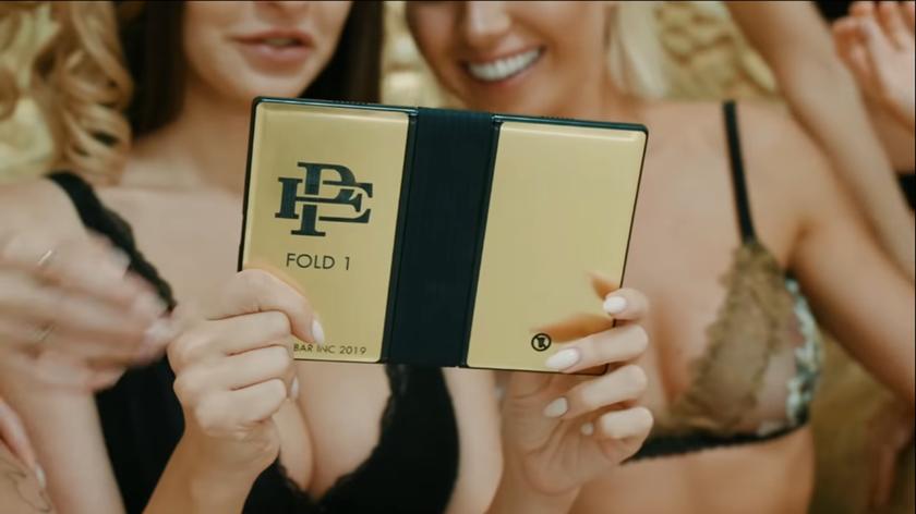 Складной смартфон Escobar Fold 1, созданный в честь наркобарона Пабло Эскобара, не хотят показывать на CES 2020