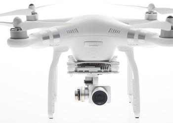 Квадрокоптеры DJI Phantom 3 Advanced и Professional с возможностью стриминга в Youtube
