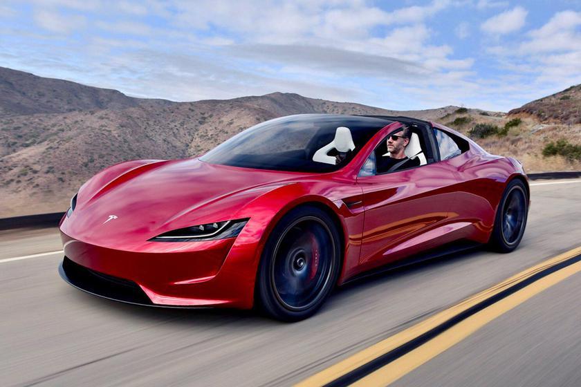 Илон Маск рассказал когда выйдет электрический спорткар Tesla Roadster