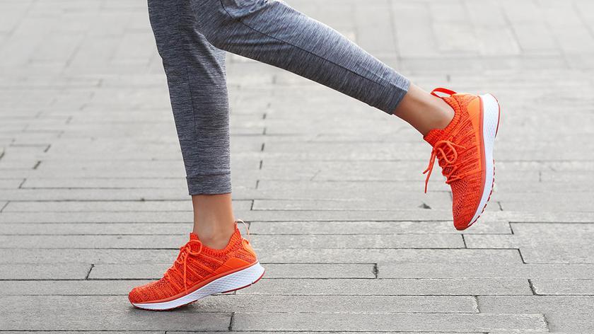 xiaomi-mijia-shoes-2-colors-1_cr.jpg