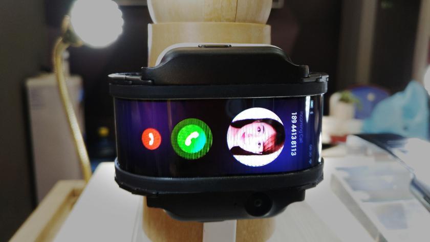 Nubia-alpha-phone-watch-future-2.jpeg