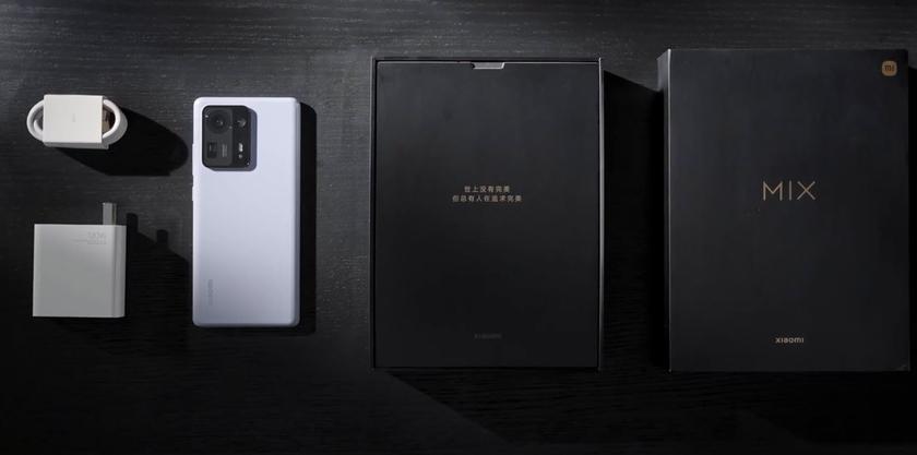 Xiaomi показала распаковку флагмана Mi Mix 4 — зарядное устройство из комплекта убирать не стали