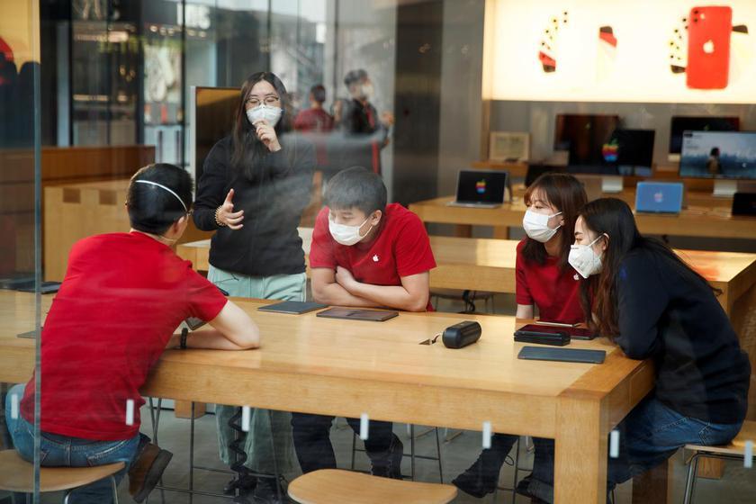Apple закрывает все офисы и магазины в Китае из-за коронавируса