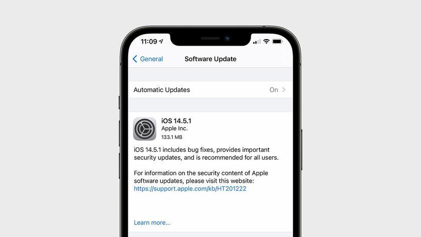 Срочно обновляйтесь: Apple выпустила экстренные обновления iOS 14.5.1,