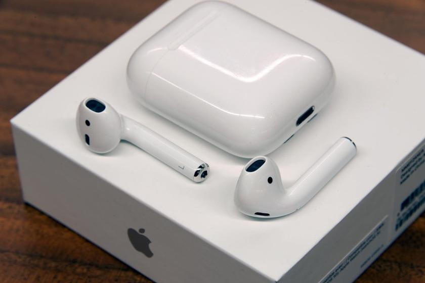 Apple-AirPods.jpg