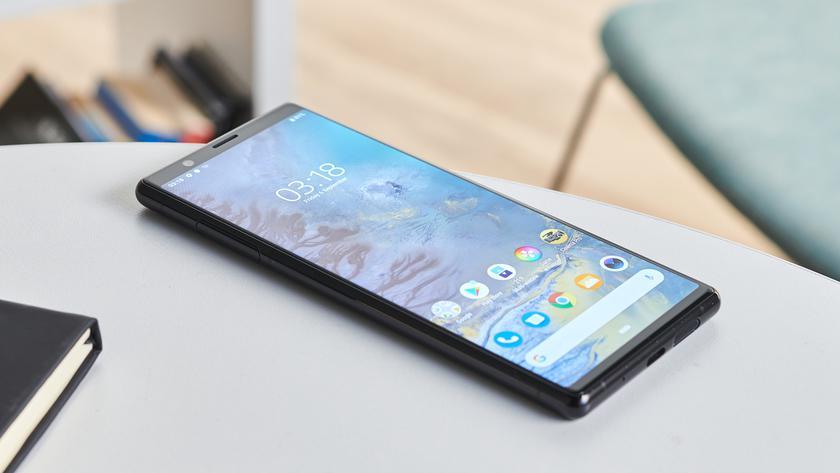 Раньше, чем обещала: Sony начала обновлять Xperia 1 и Xperia 5 до Android 11