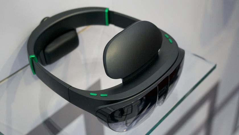 Oppo представила свои первые очки дополненной реальности