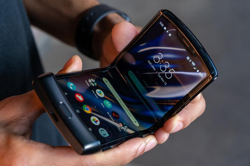Motorola заявляет, что гибкий дисплей RAZR долговечен и не сломается, как в Samsung Galaxy Fold