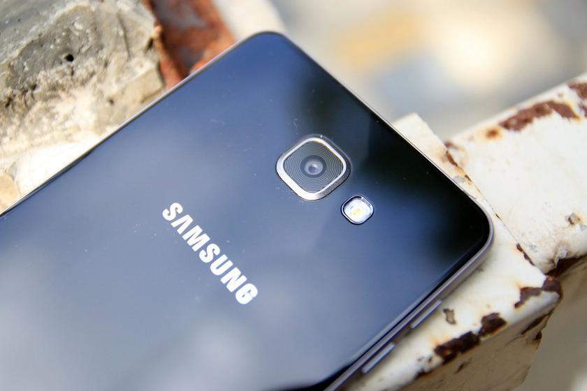 ВСеть попали «живые» фото ихарактеристики смартфонов Samsung Galaxy A9Star иA9Star Lite