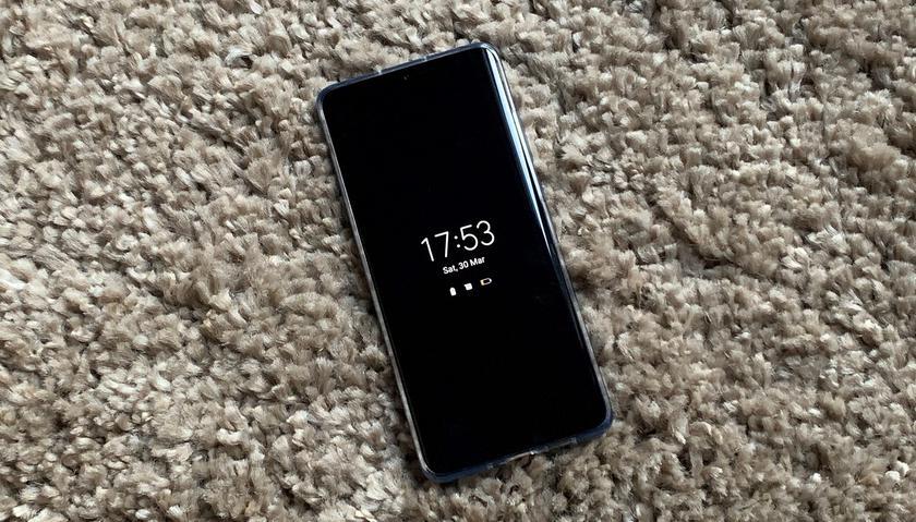 Huawei добавит в свои старые смартфоны функцию Always on Display