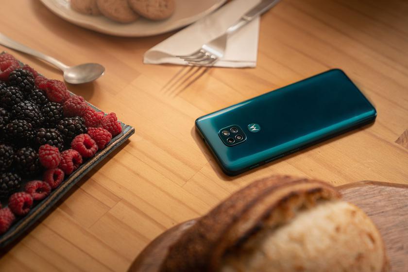 Motorola выпустила Android 11 для Moto G9, Moto G9 Power и Moto G9 Play